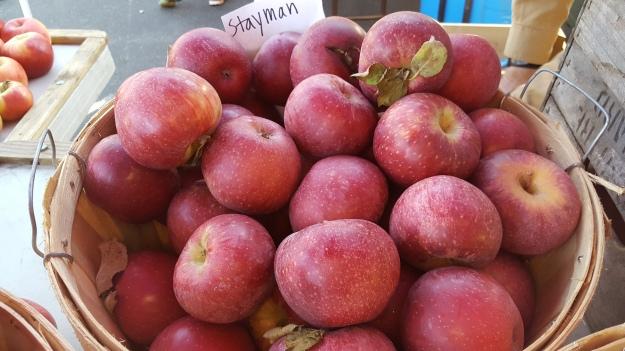 apples, Charlottesville City Market